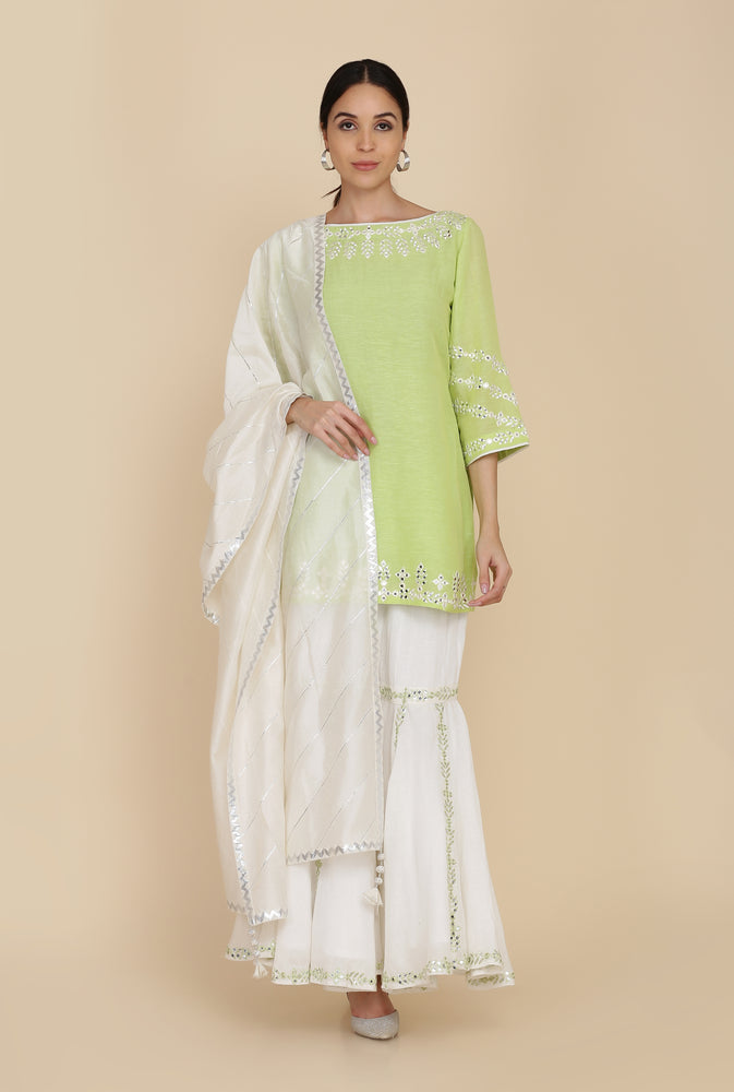 SHORT TUNIC WITH GHARARA AND DUPATTA