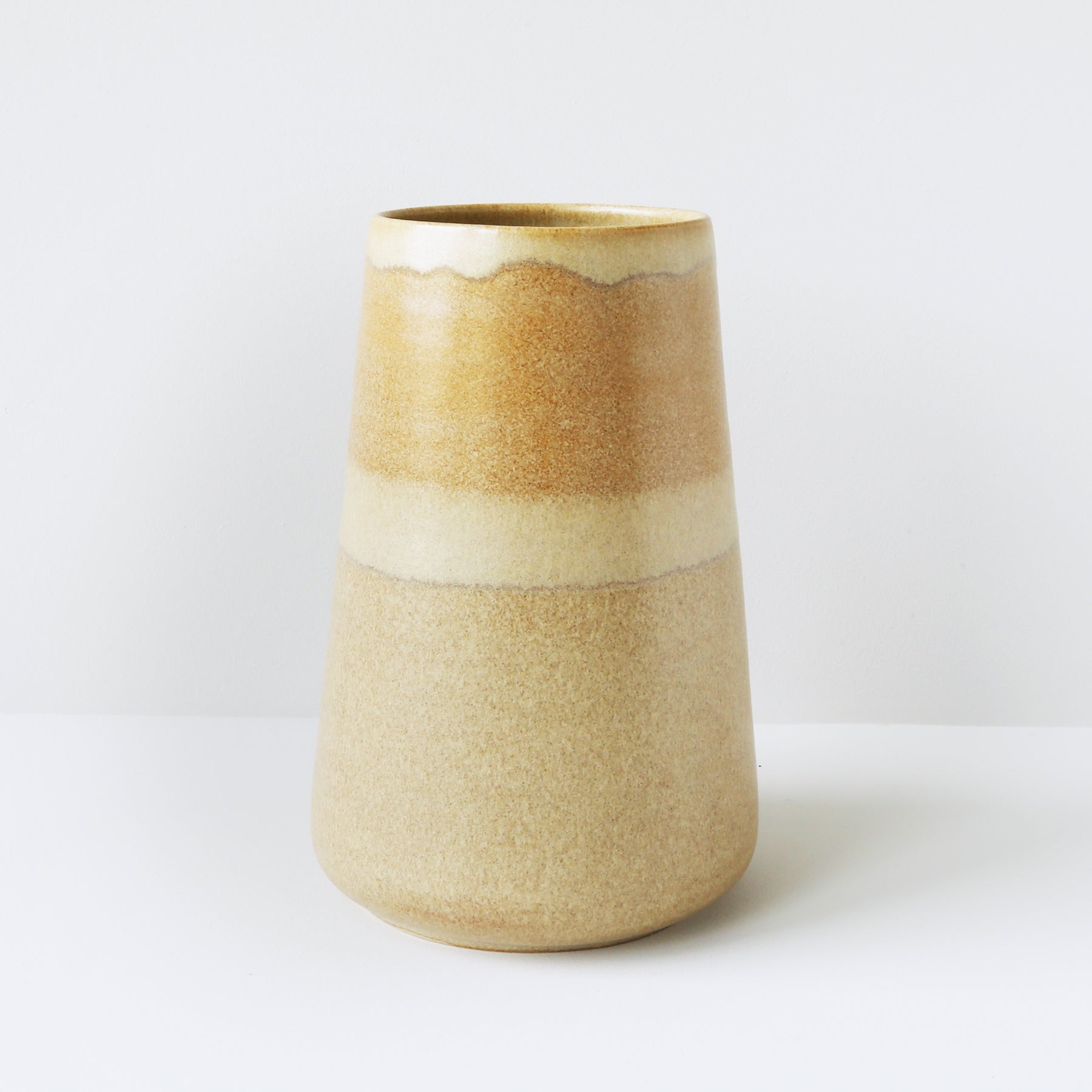 Small Vase, Sand