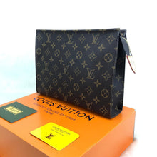 Load image into Gallery viewer, Louis Vuitton Toiletry Pouch 26