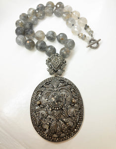 Victorian Style Salt And Pepper 10K White Gold Necklace And Pendant Quartz Beads Vintage