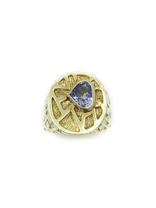 14K Yellow Gold and Sapphire Ring  Edit alt text