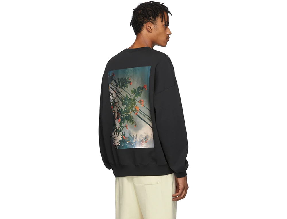 FOG ESSENTIALS SHANIQWA JARVIS PHOTO SERIES CREWNECK BLACK
