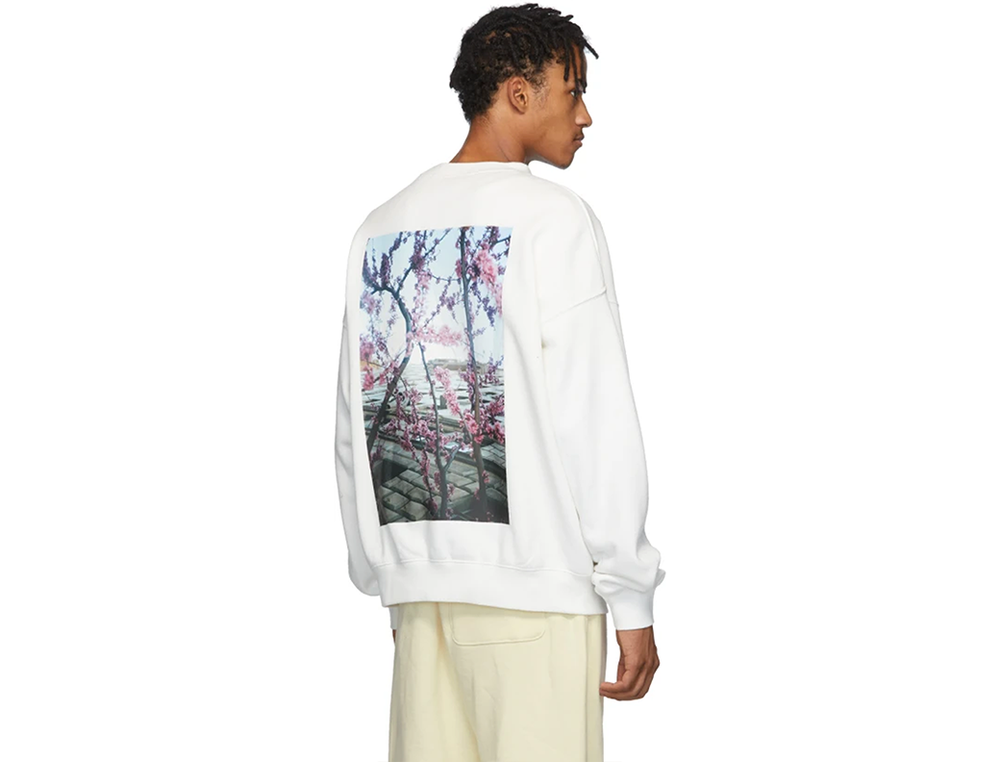 FOG ESSENTIALS SHANIQWA JARVIS PHOTO SERIES CREWNECK  WHITE