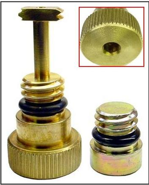 International HFCM Water Separator Drain Plug Upgrade for 2003-2007 Ford Powerstroke 6.0L Diesel