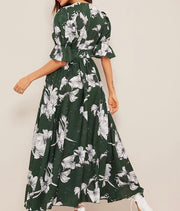 Bomb of Love Floral Dress