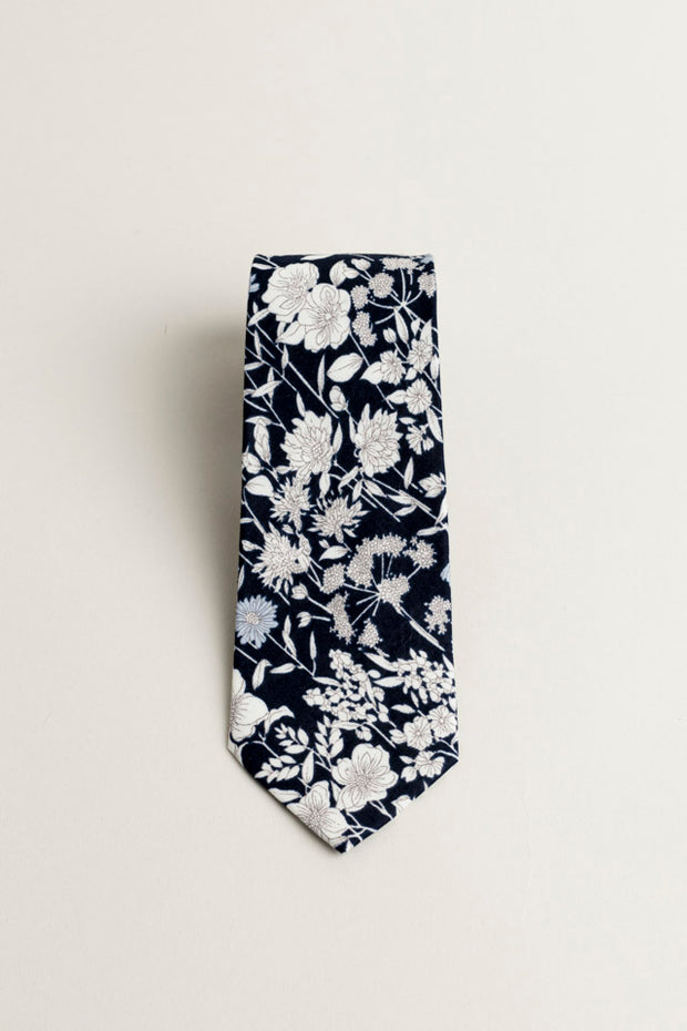 COTTON SKYNNY TIE NAVY BLUE FLORAL