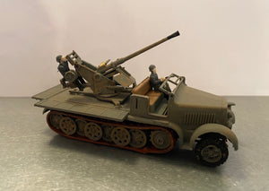 German 8 Ton 1/2 Track w/ Anti Aircraft Gun 172 Scale