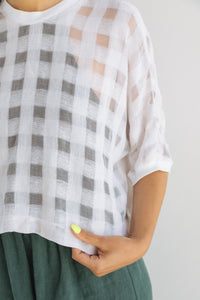 Tee in White Check Gauze