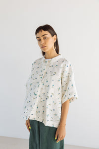 Boxy Collared Shirt in White Floral Linen