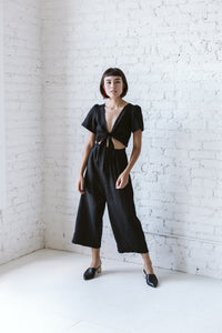 Tied Back to Front Top in Black Cotton/Linen