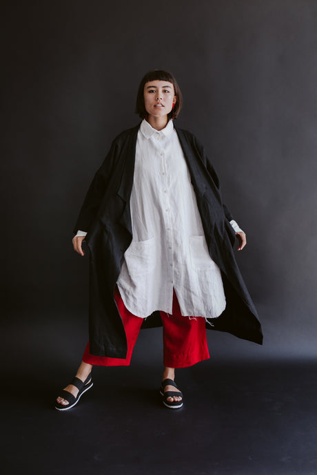 Oversized Trench in Black Linen