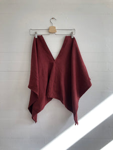 Perfect Square Top in Rust Linen