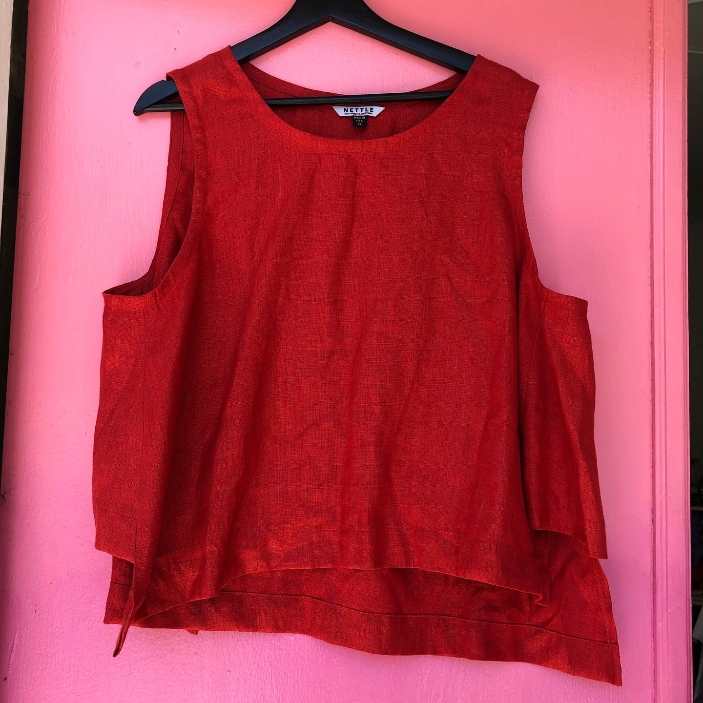 Side Panel Tank in Red Linen XL
