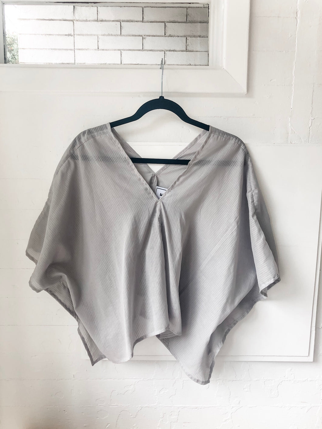 Perfect Square Top in Sheer Grey