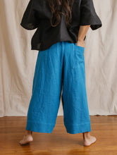 Easy Pant in Blue Raspberry Linen