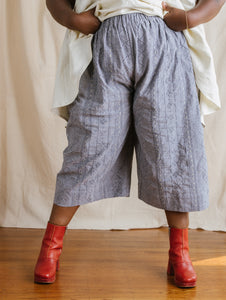 Easy Pant in Embroidered Chambray