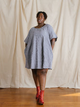 Trapeze Dress in Embroidered Chambray