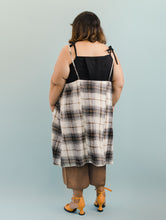 Pocket Dress in Brown Plaid Linen