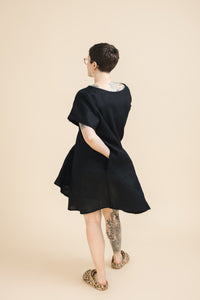 Trapeze Dress in Black Linen