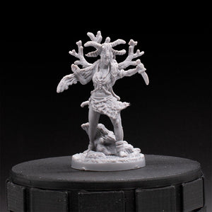 Witch - Bowmaiden - Tainted Grail - D&D - Unpainted Miniature