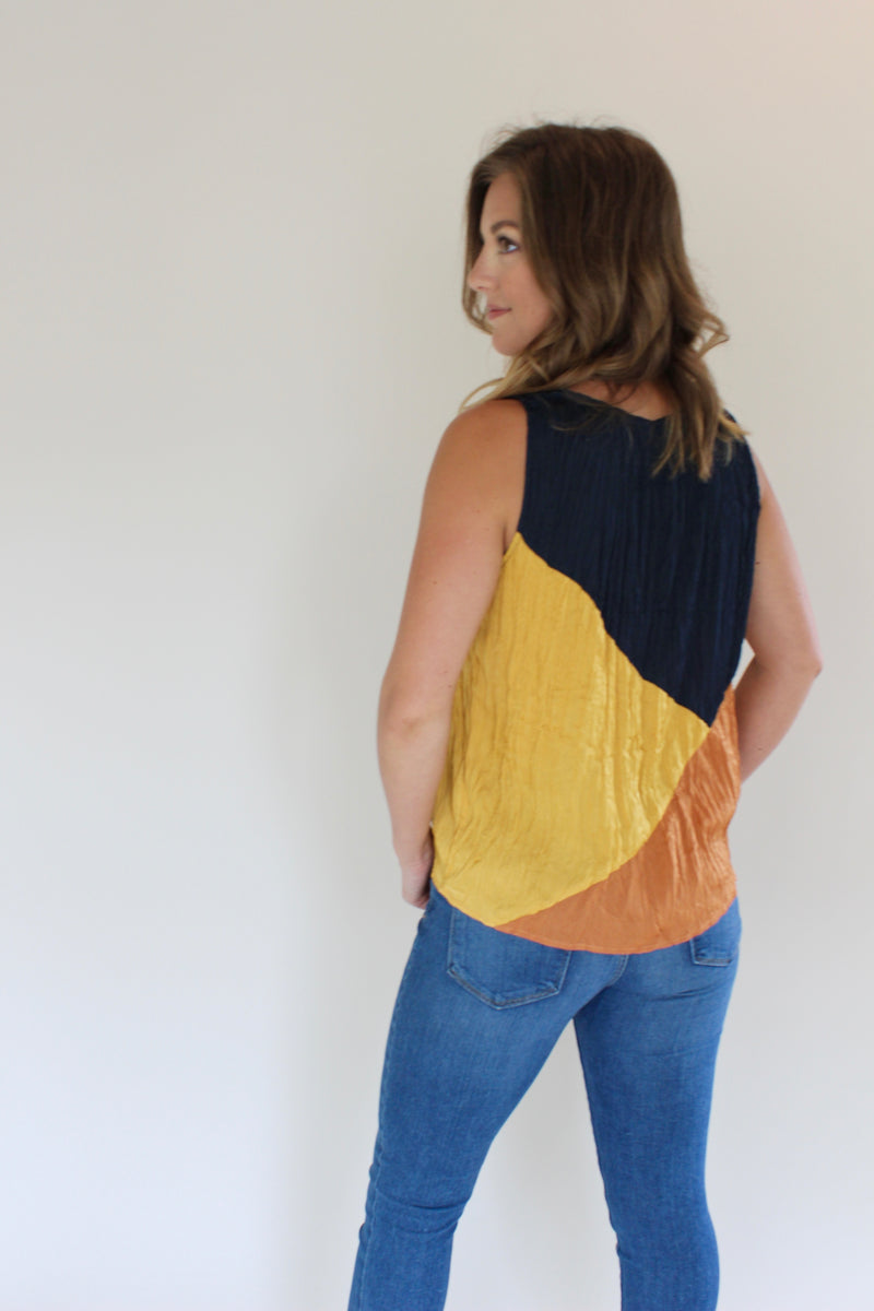 Colorblock Crinkle Top