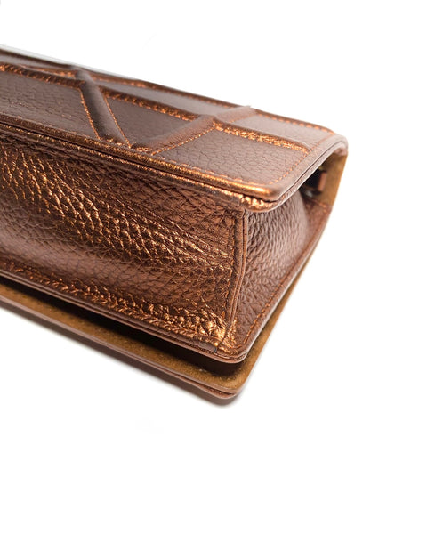Grained Leather Diorama Wallet On Chain