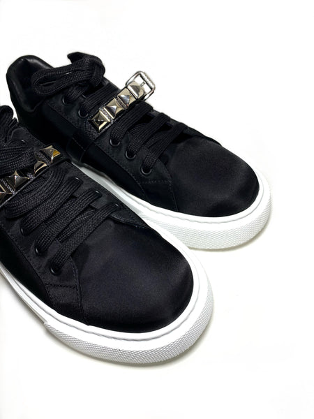 Studded strap sneakers 38.5