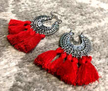 Load image into Gallery viewer, Roux Tassel Earrings