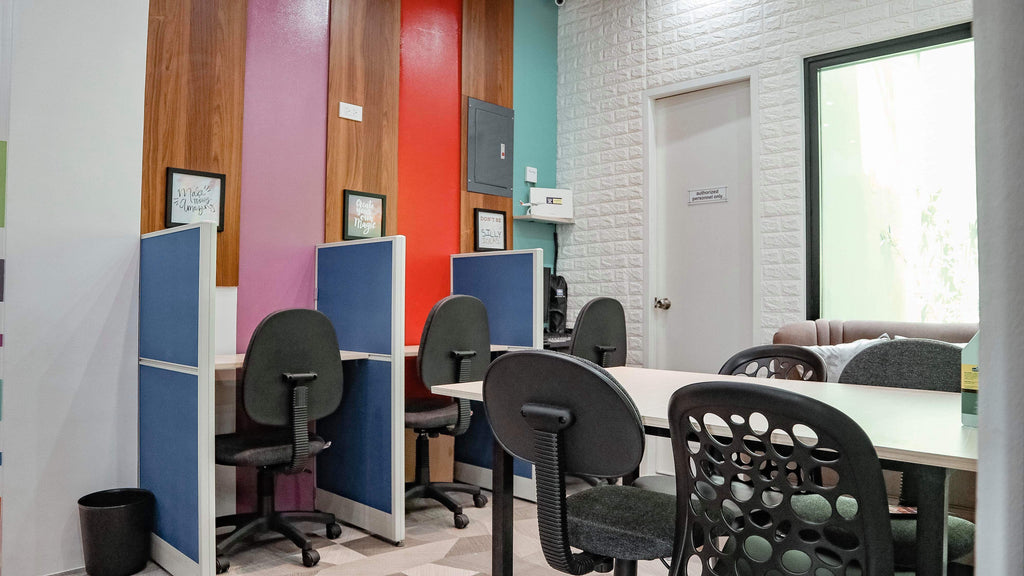 Private Workspace Hourly Booking - Skype Room and Cubicle Areas