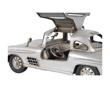 Load image into Gallery viewer, Mercedes Benz 300L Gullwing Silver Model