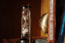 Load image into Gallery viewer, Brass Revolving Sandtimer