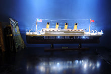 Load image into Gallery viewer, TITANIC WITH LIGHTS