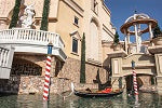 Load image into Gallery viewer, Venetian Gondola Real Boat 14