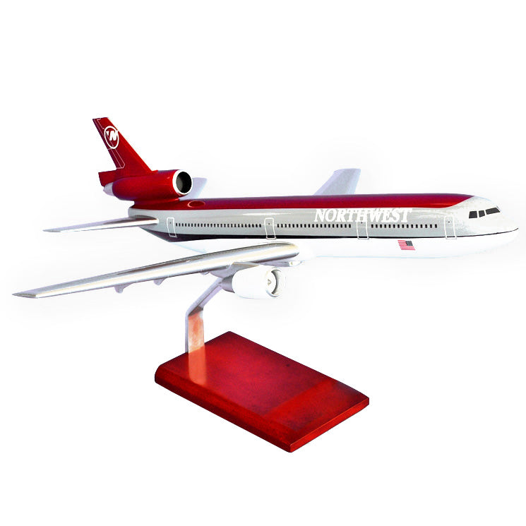 Douglas DC-10-30 Northwest Model Scale:1/100