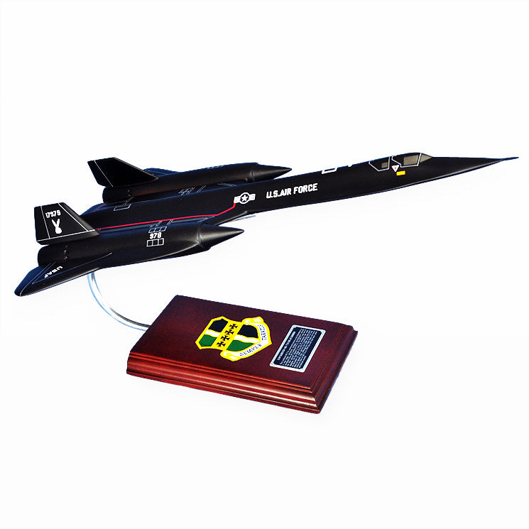 SR-71A Blackbird 1/63 Mahogany Wood Desktop Airplane Model