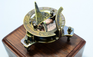 Sundial compass coffee  with box  wooden