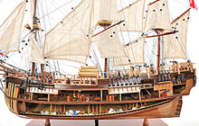 Load image into Gallery viewer, HMS ENDEAVOUR OPEN HULL