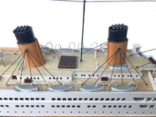 Load image into Gallery viewer, RMS Titanic Model Cruise Ship 40""