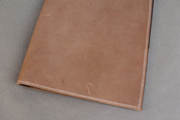Leather Folder - cashew