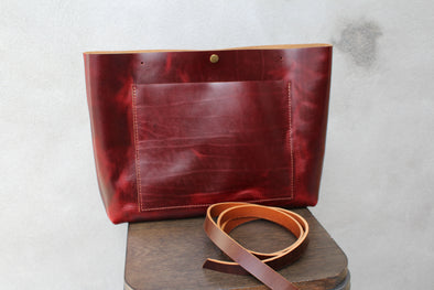 The JOSIE Tote - ruby