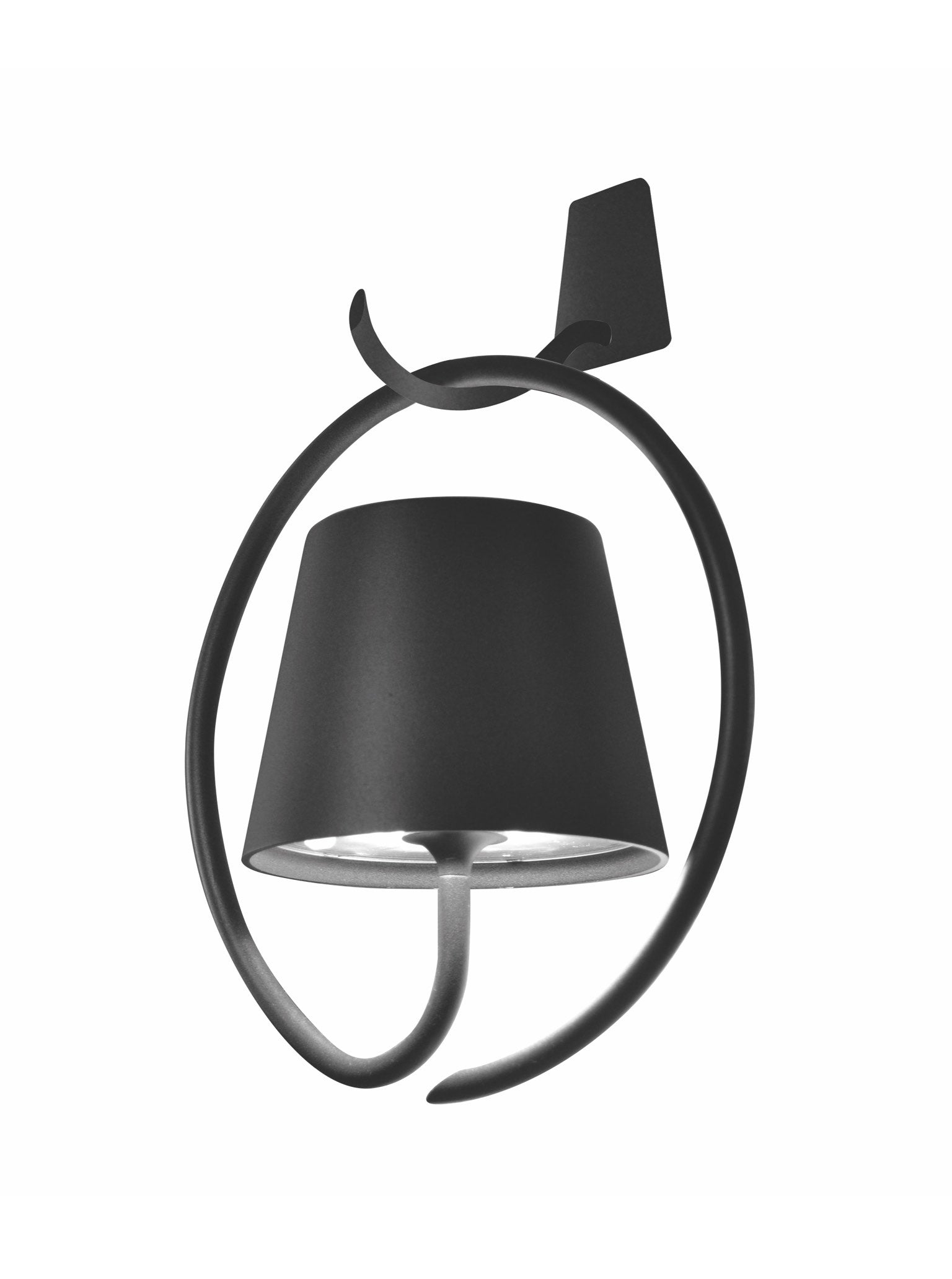 Poldina Wall Lamp w/ Bracket