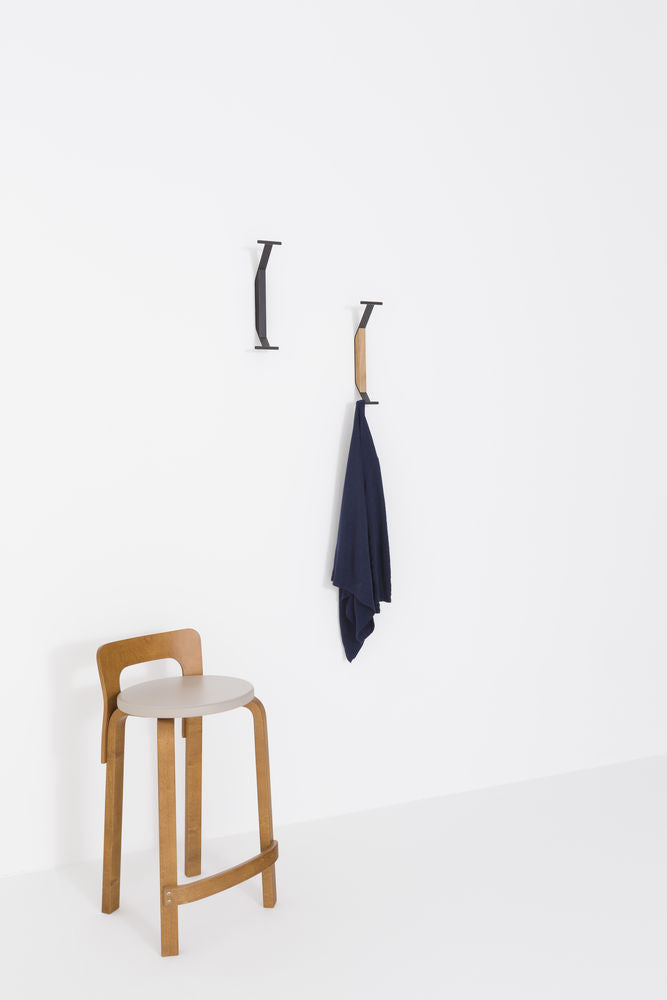 Kaari Wall Hook - Black/Natural