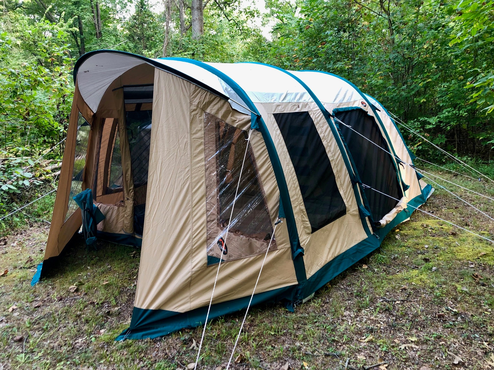 LYNX 640 Inflatable Camping Tent - Front Right Side View