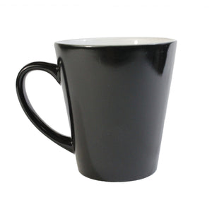 Taza latte mágica Sublimarts en color negro 12 oz