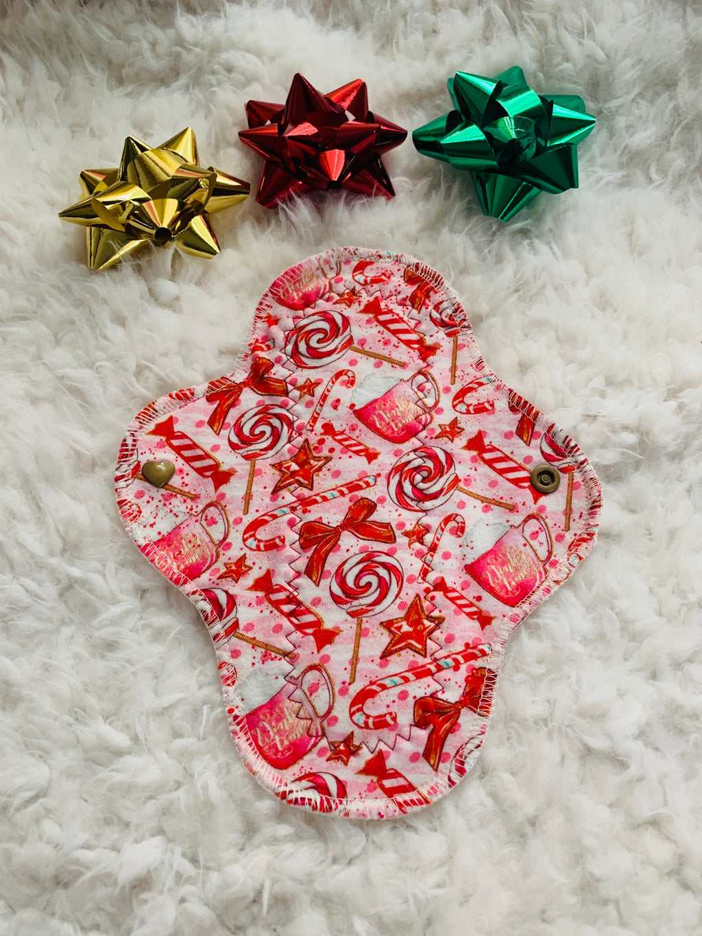 "8"" moderate flow bamboo Sherpa PUL backed ""candy cane"" cloth reusable pad"