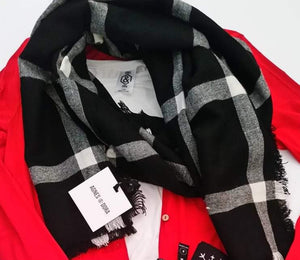 Blanket Scarf - White & Black