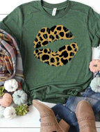 Graphic Tee - Leopard Lips