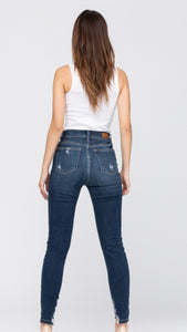 Judy Blue - Destroyed Cropped Skinny