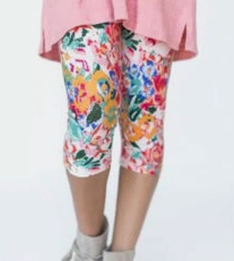 Agnes & Dora Capri Leggings - Bloom All Over