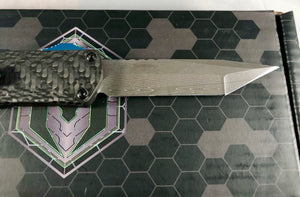Heretic manticore S full Carbon fiber Handle with hand ground Damascus blade